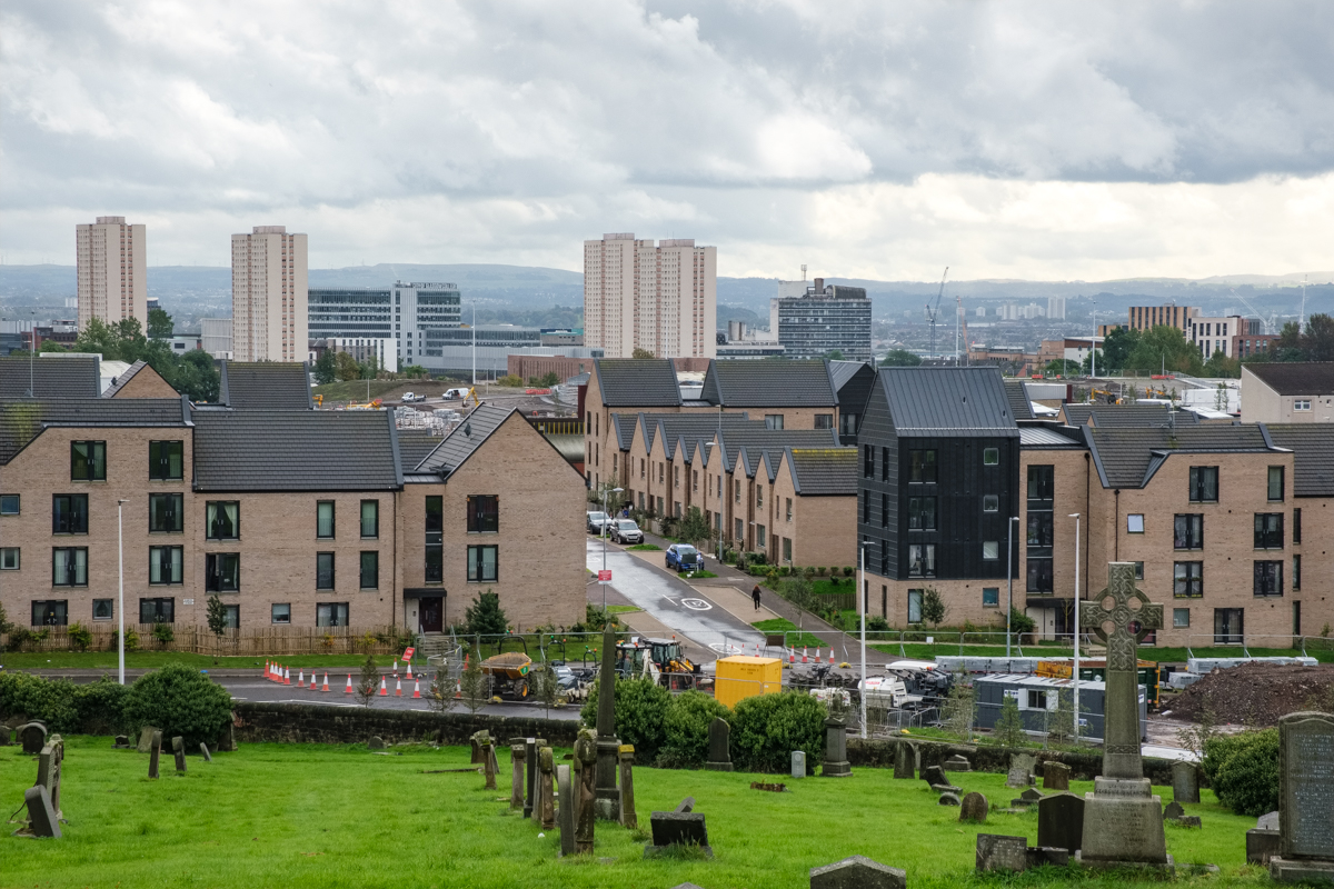 New Sighthill housing estate and views across the city from the cemetery